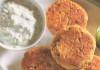 Chiftelute de ton cu sos tzatziki