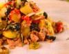 Salata de ton cu cartofi si castraveti murati